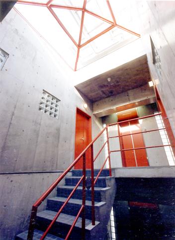 第2NZビルエレベーター.jpg