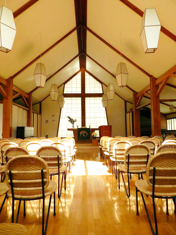 09改修が終わった教会.JPG