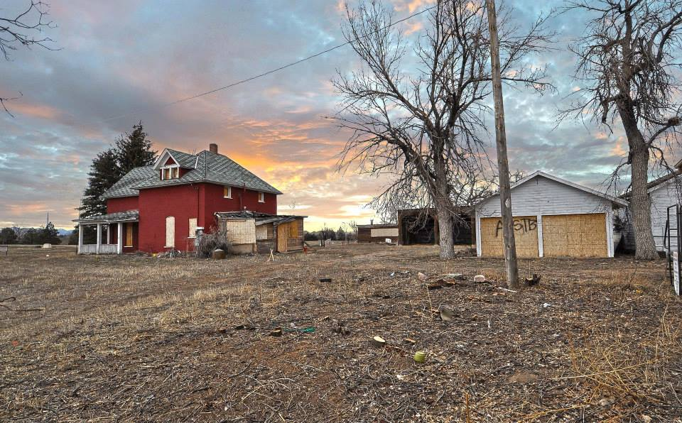 Historic Jessup Farm (Farmhouse at Jessup Farm and Lucky 27 Barbershop)