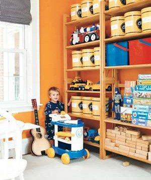 boy-toystand_300