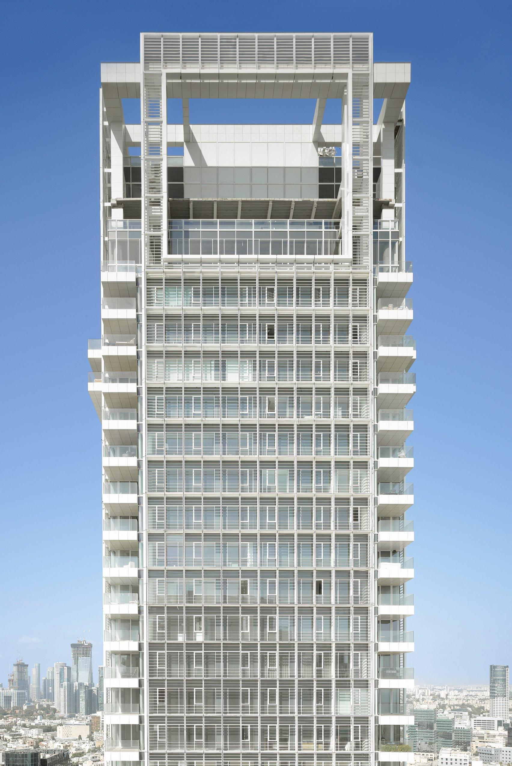 rothschild-tower-richard-meier-white-city-tel-aviv_dezeen_2364_col_0-1704x2549.jpg