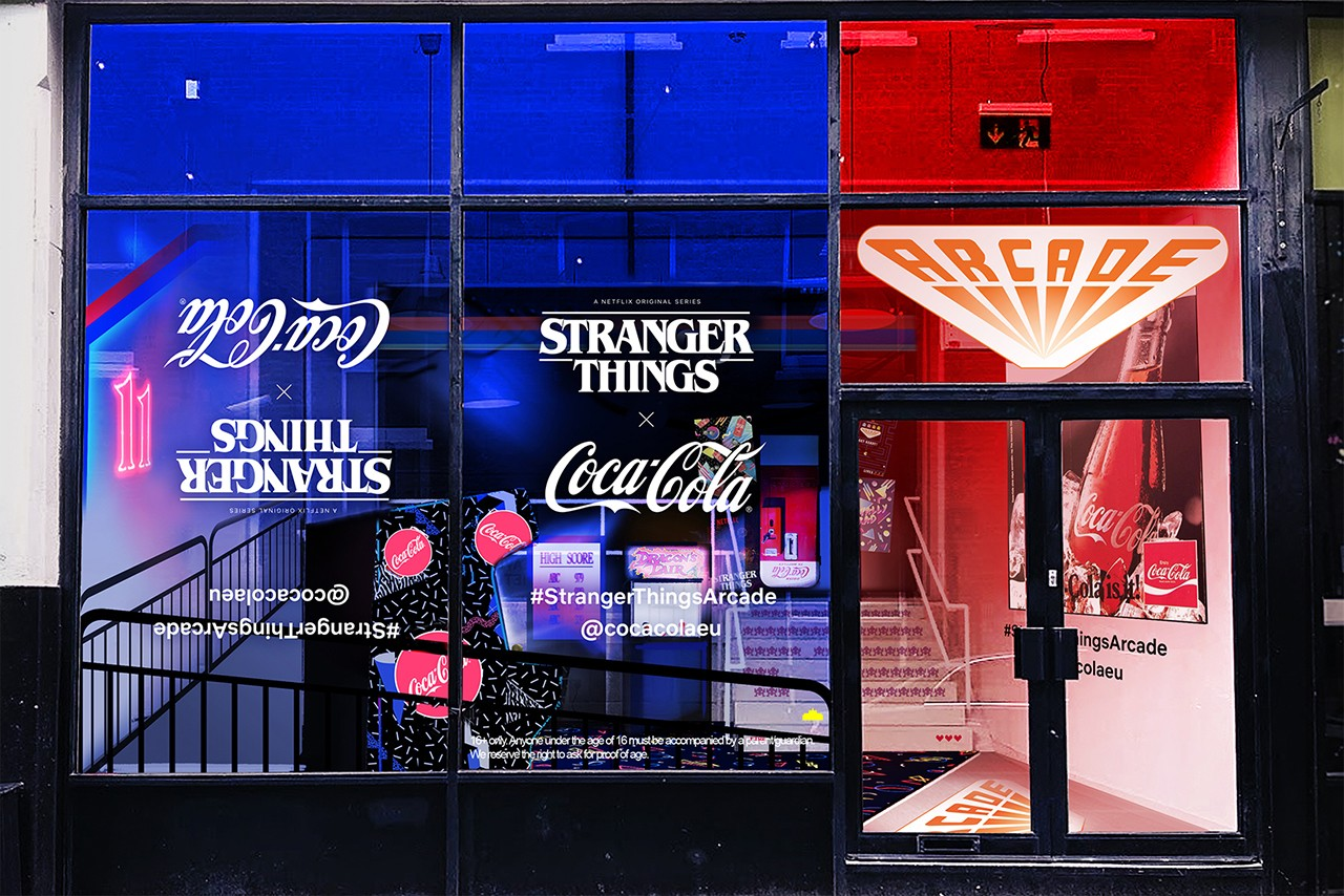 https___hypebeast.com_image_2019_06_stranger-things-3-coca-cola-london-pop-up-arcade-shoreditch-2.jpg