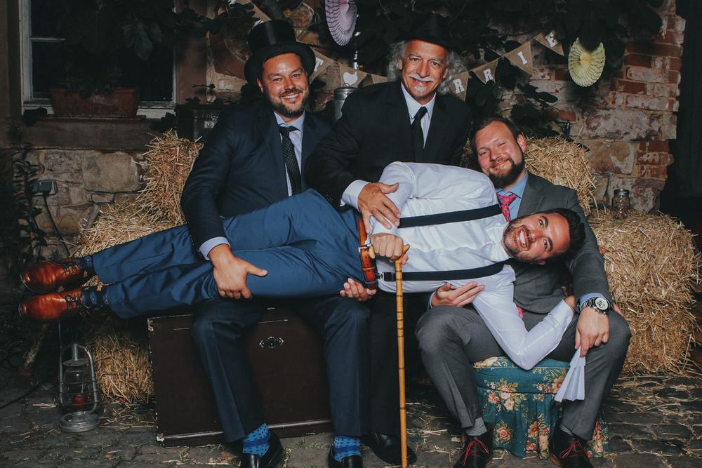 Hochzeit+Landau+Klostergut+Heilsbruck+Hochzeitsfotograf+Mannheim-2.jpeg