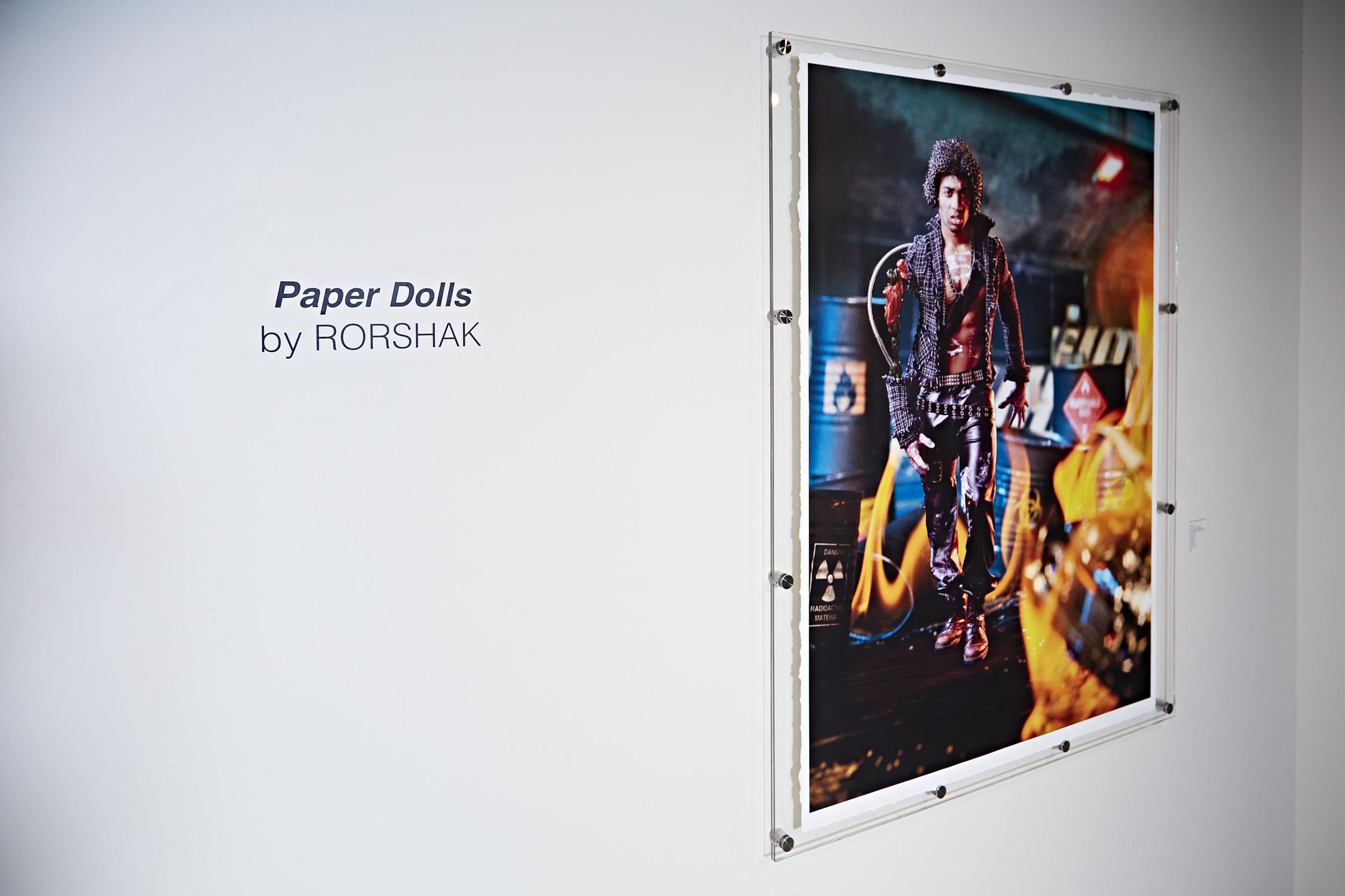 paper_dolls_exhibit_115.jpg
