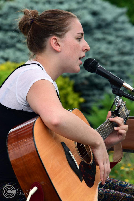 Holly Clausius-1-bh.jpg
