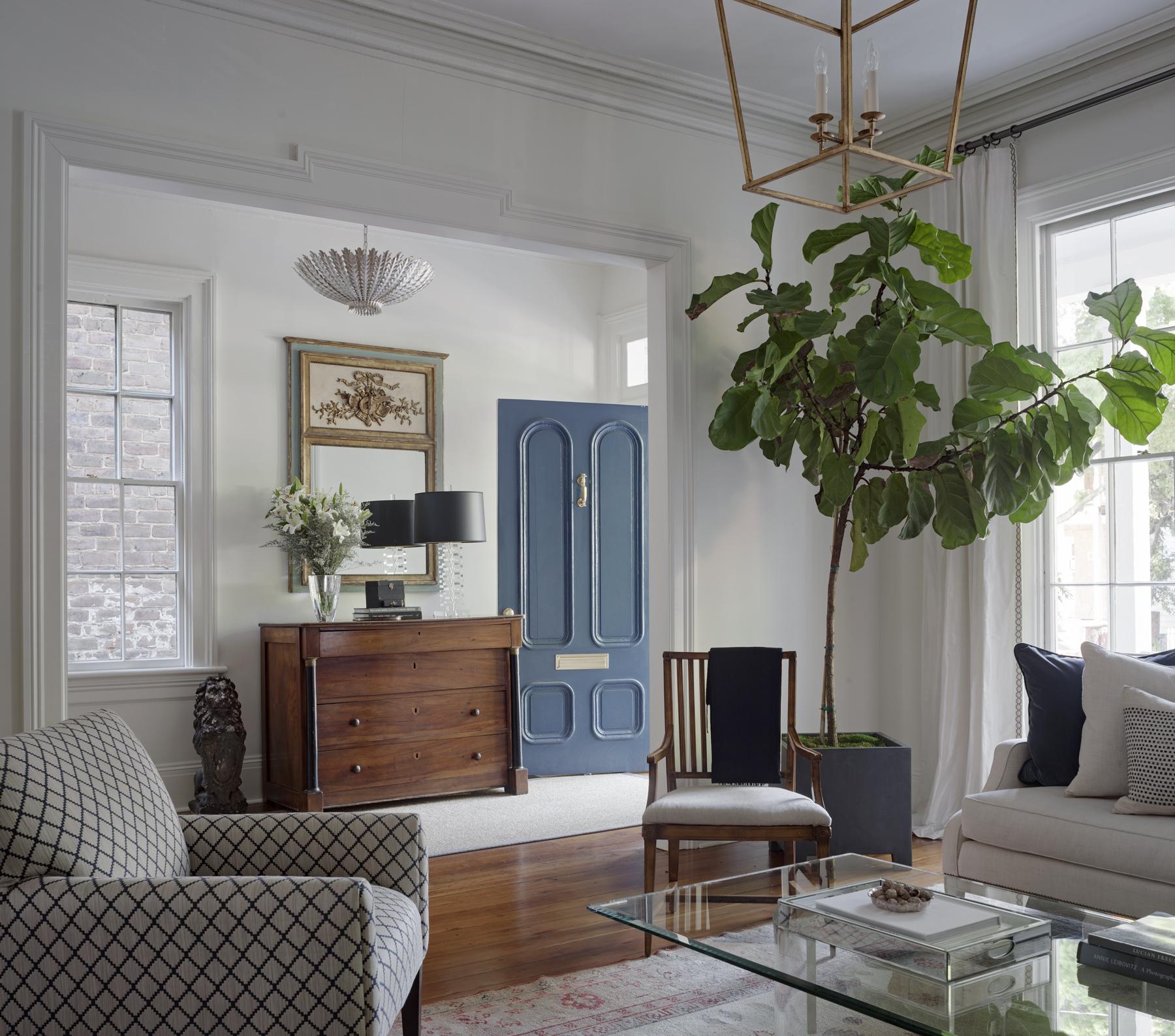6 - Living room _ Entry.jpg