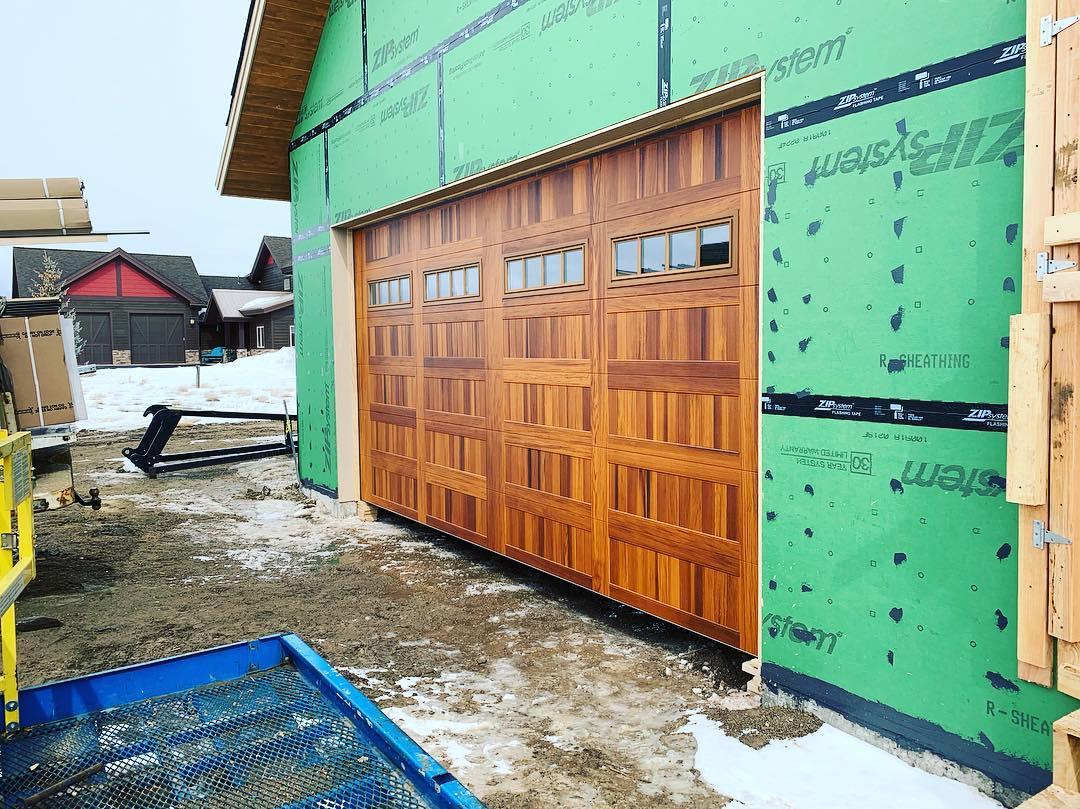 1591_garagedoor.jpg