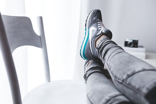 resting_feet.jpg