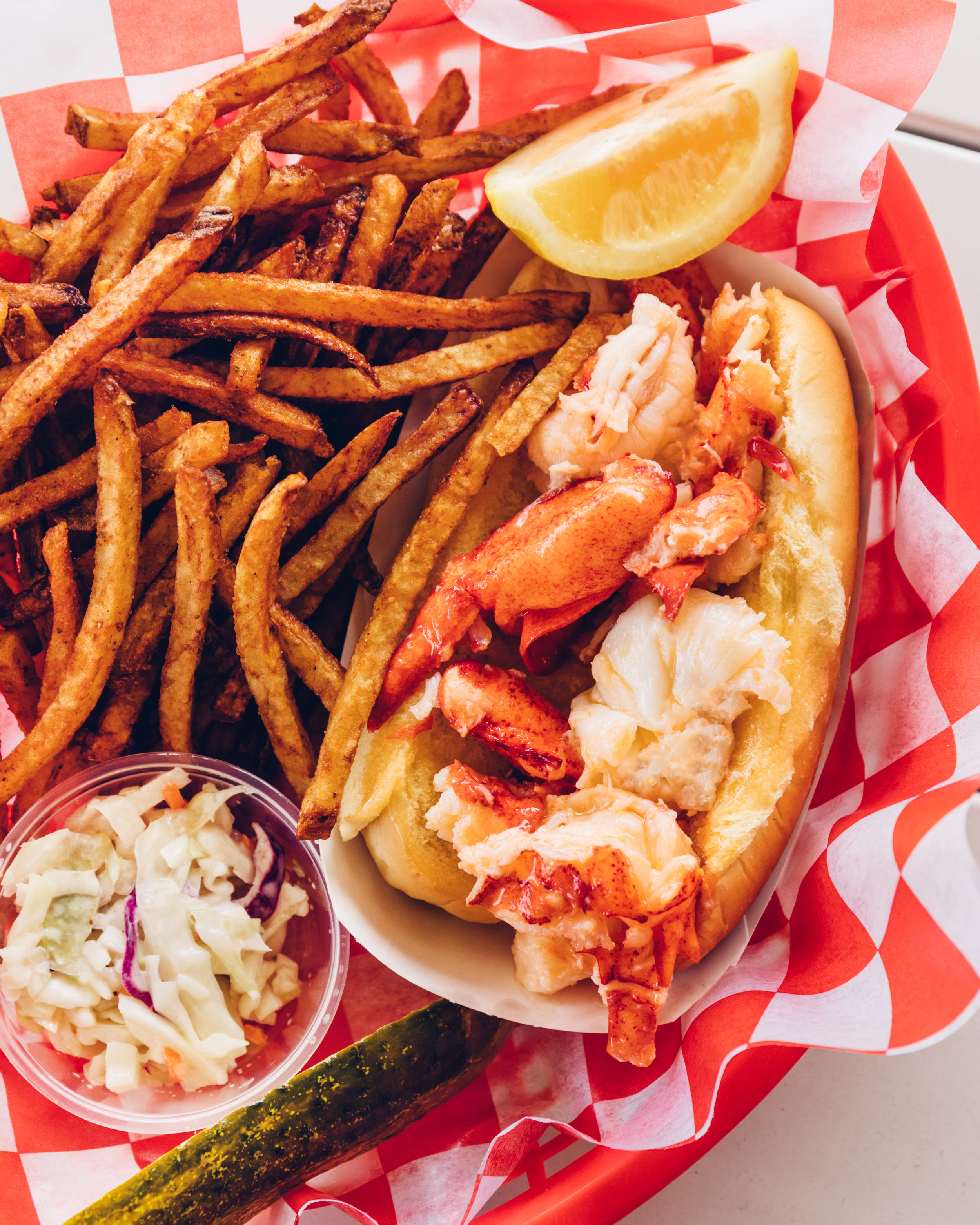 PointLobsterCo_LobsterRoll_NorthShore_JerseyShore_007.jpg