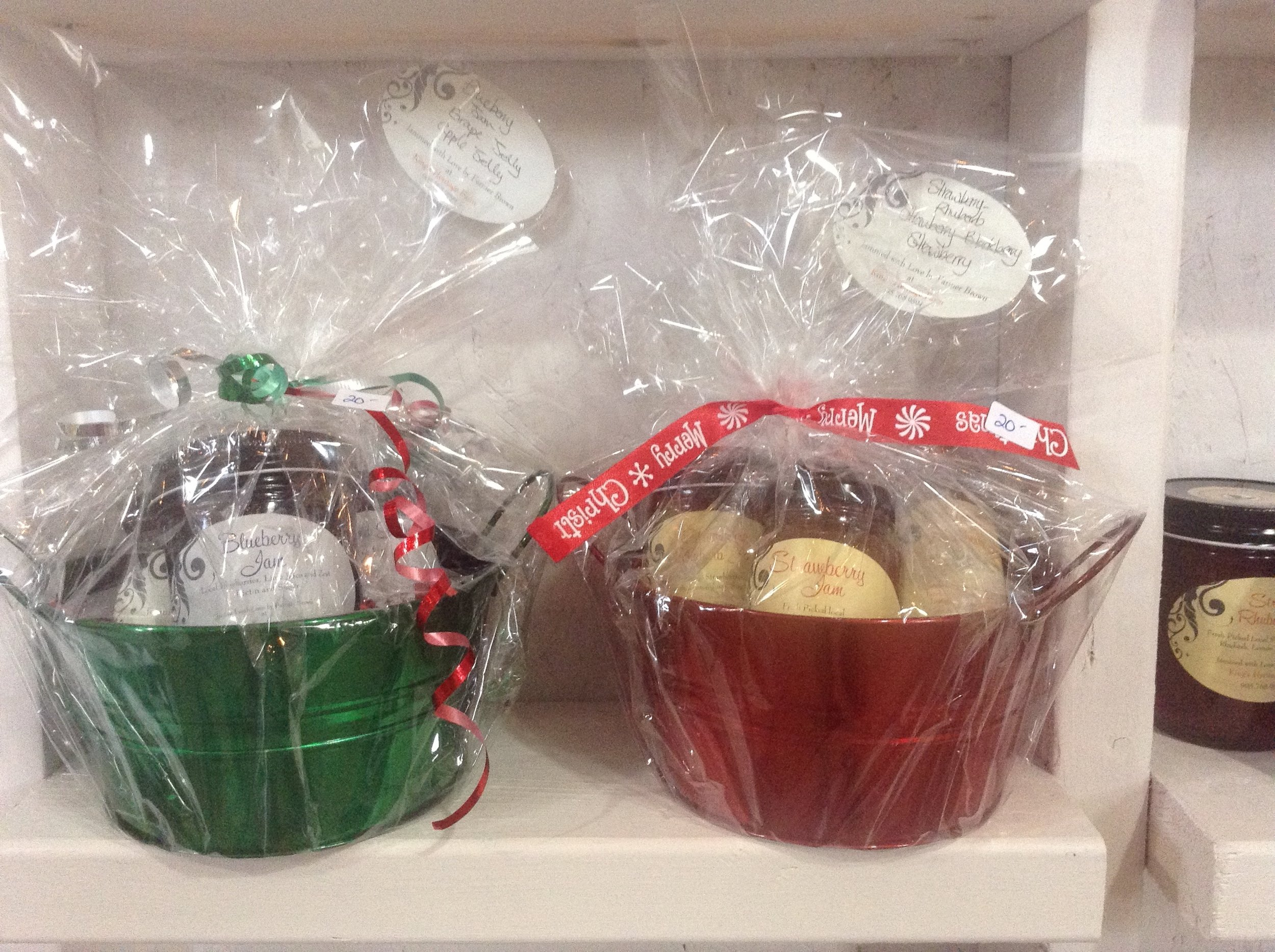Jam filled gift baskets ready for giving! Happy Holidays🎄