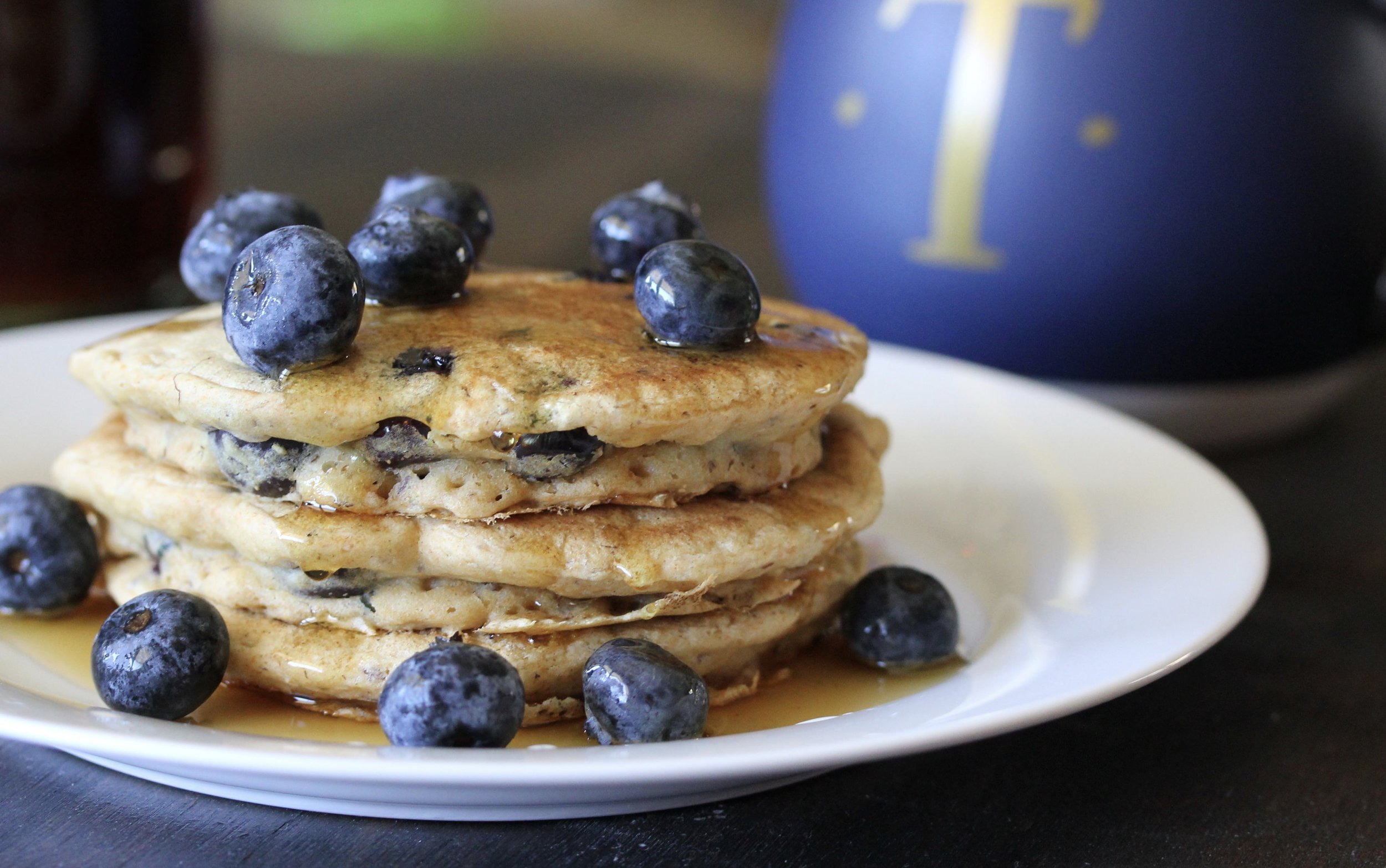 Easy Weekend Morning Pancakes