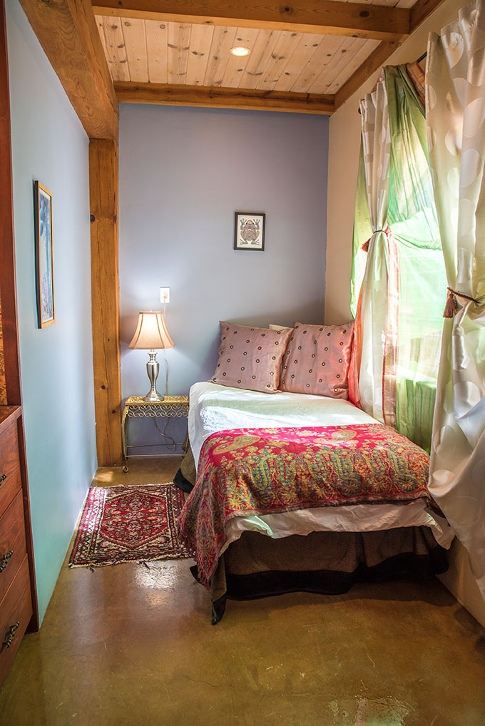 Peace Nook - Twin Bed, Small Closet, Shared BathroomSingle OccupancyEarly Bird: $1625After June 30th: $1790(SOLD)
