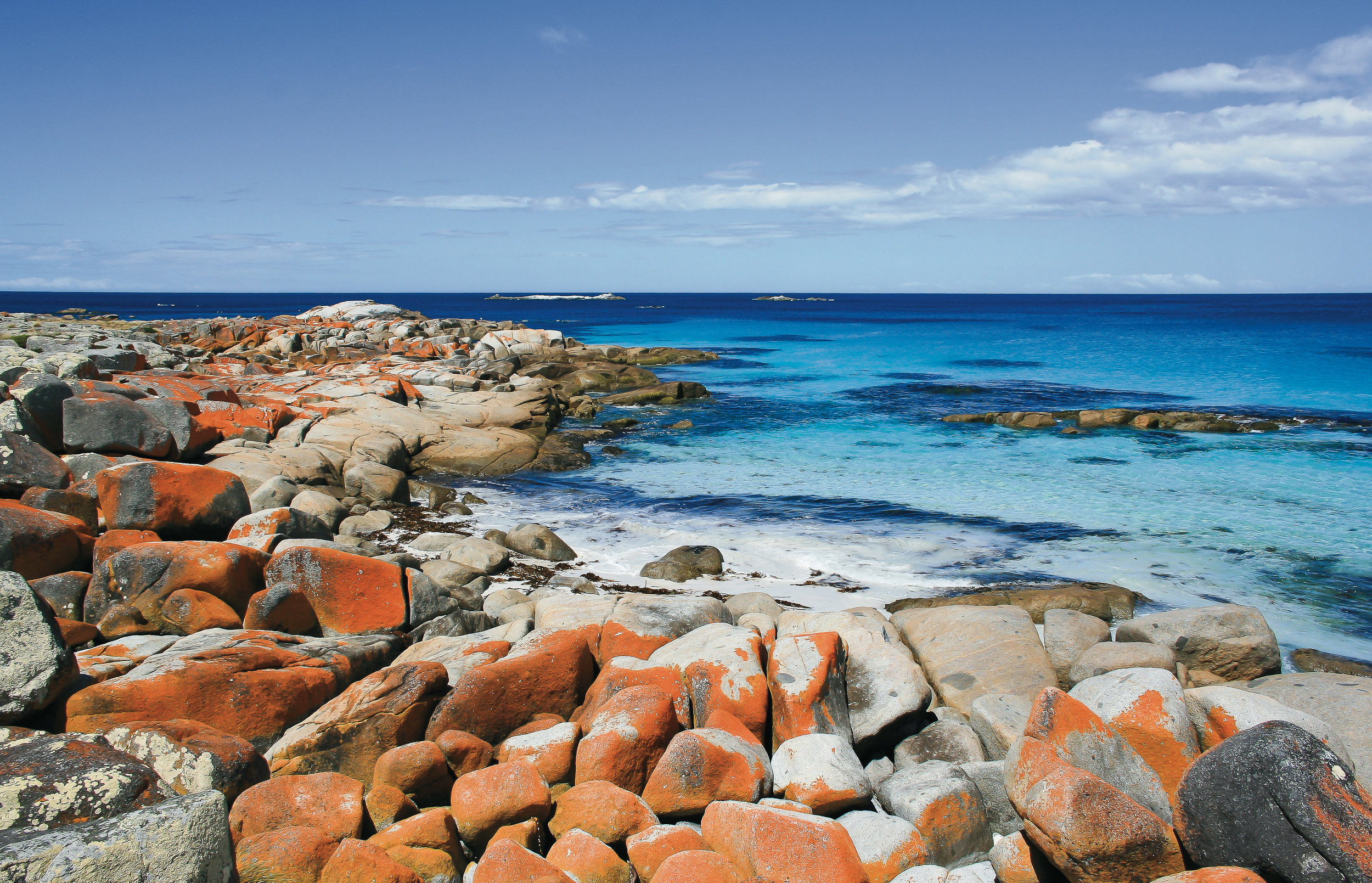 Binalong Bay can be found at the southern end of the spectacular Bay of Fires.