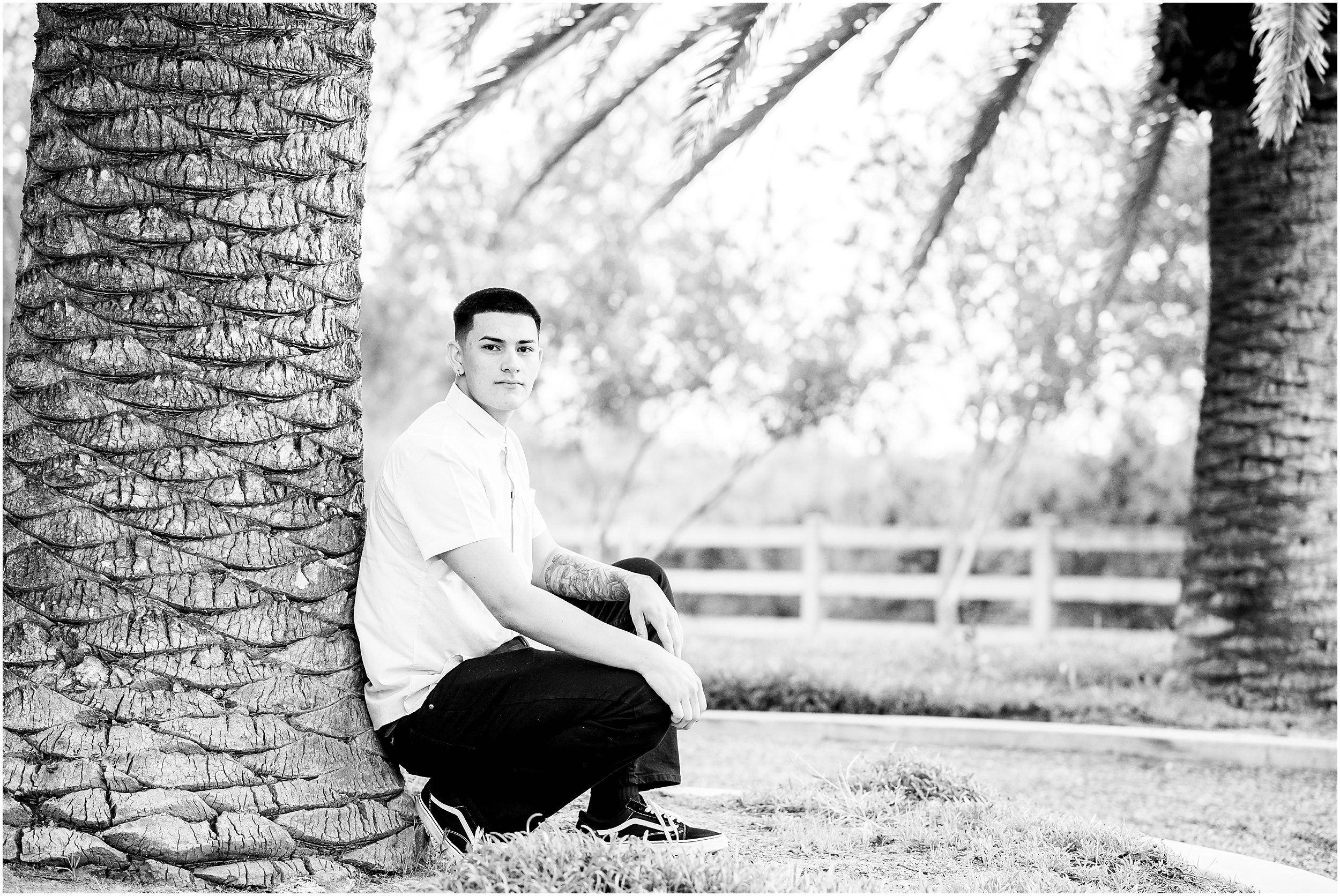 Ventura-California-Senior-Photographer-and-Tallahassee-Florida-Senior-Photographer-Johnny—Senior-Session-in-Oxnard-California_0018.jpg