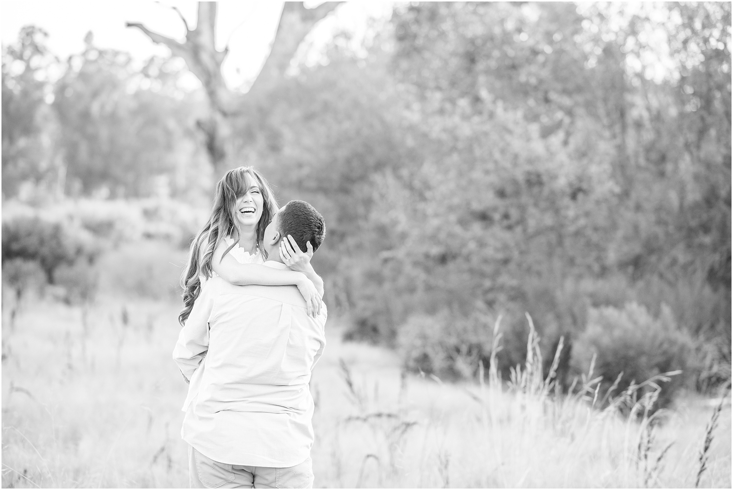 Valeria-Gonzalez-Photography-Wedding-and-Portrait-Photographer-Richmond-Virginia-Engagement-Session-in-Ojai-California_0020.jpg