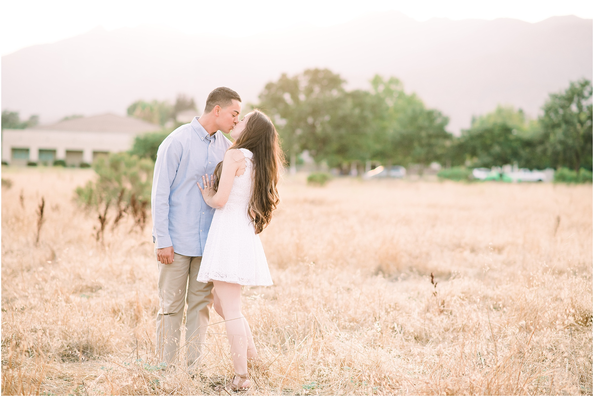 Valeria-Gonzalez-Photography-Wedding-and-Portrait-Photographer-Richmond-Virginia-Engagement-Session-in-Ojai-California_0026.jpg