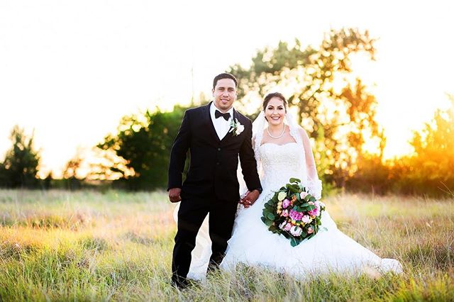 Check out this beautiful couple and sunlight! Sneak peek! Such an amazing venue! @eberleybrooks