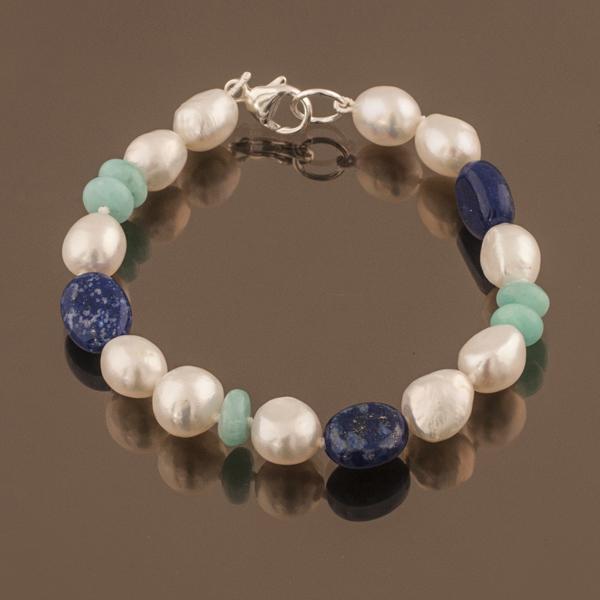 Ilona bracelet by Auricula.jpg