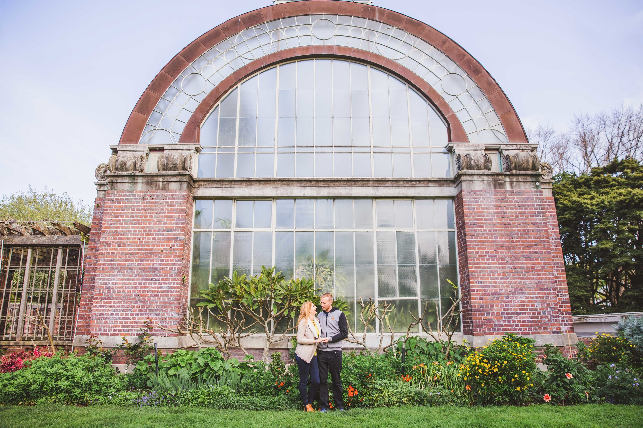 Wilson and Ashleigh - Auckland Winter Gardens engagement