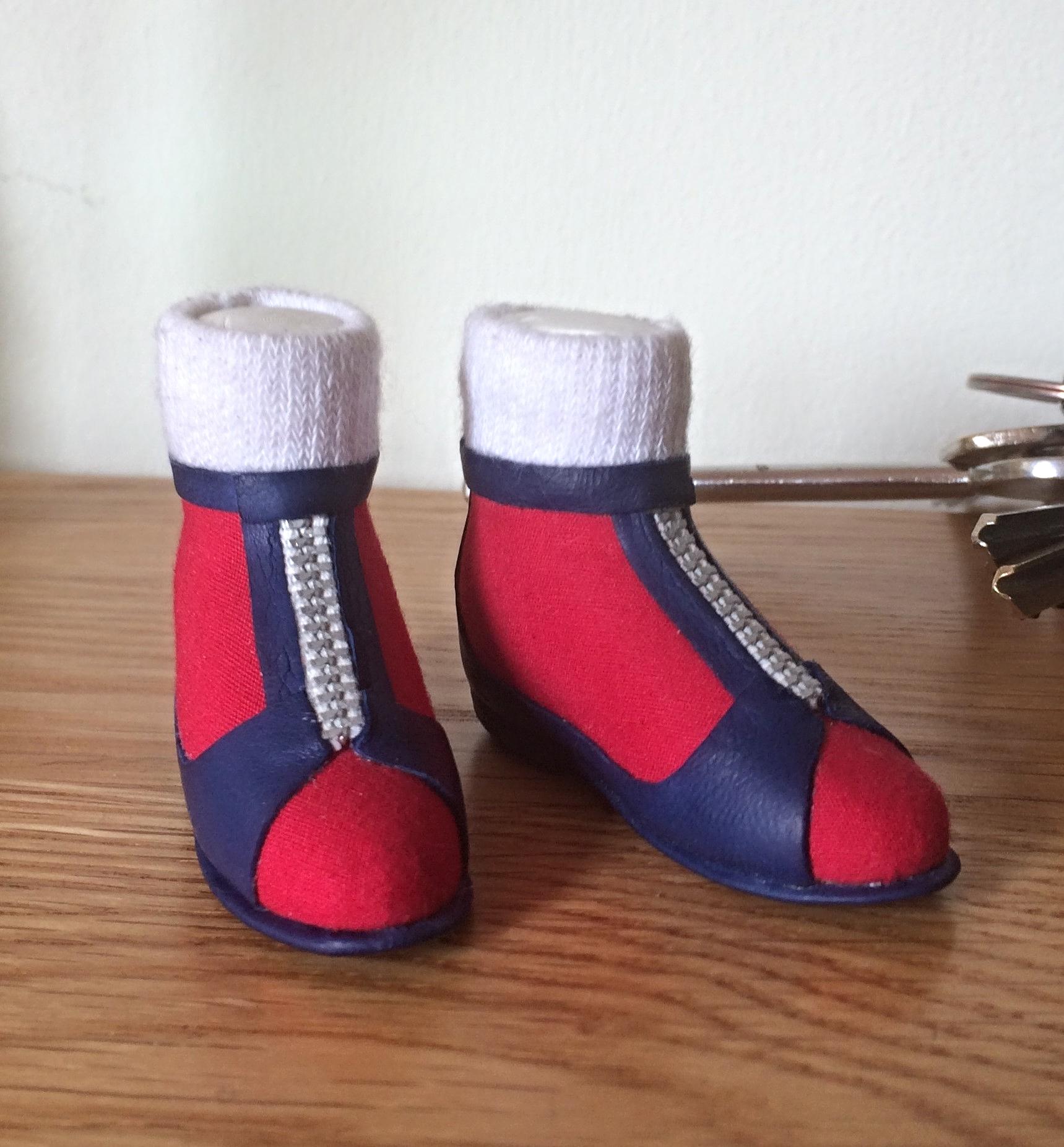 Joe 90 shoes
