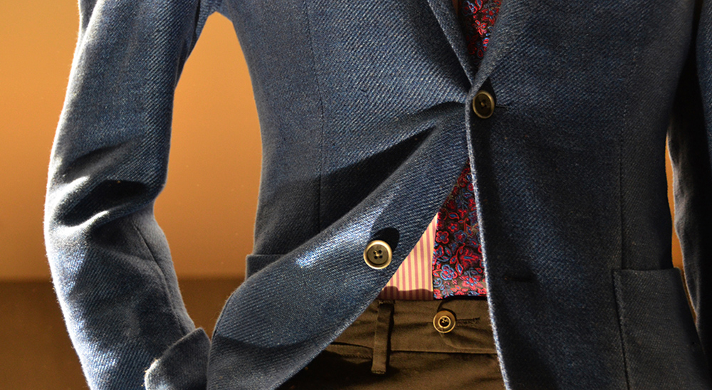 Button-Detail.jpg