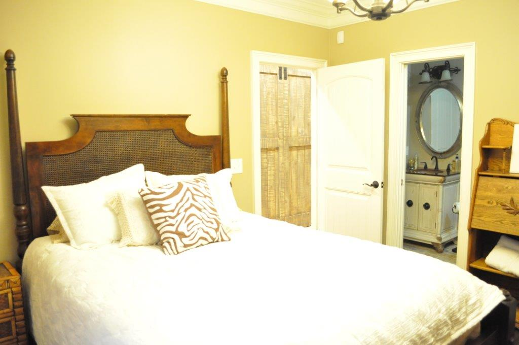 1.bedroom.jpg