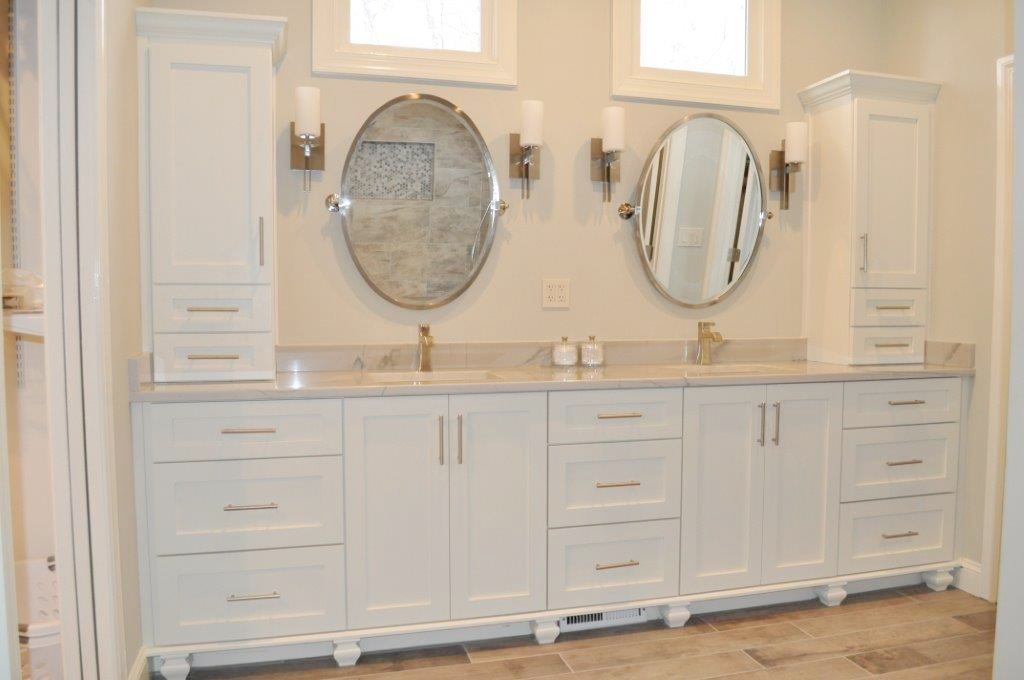 Double vanity with towers