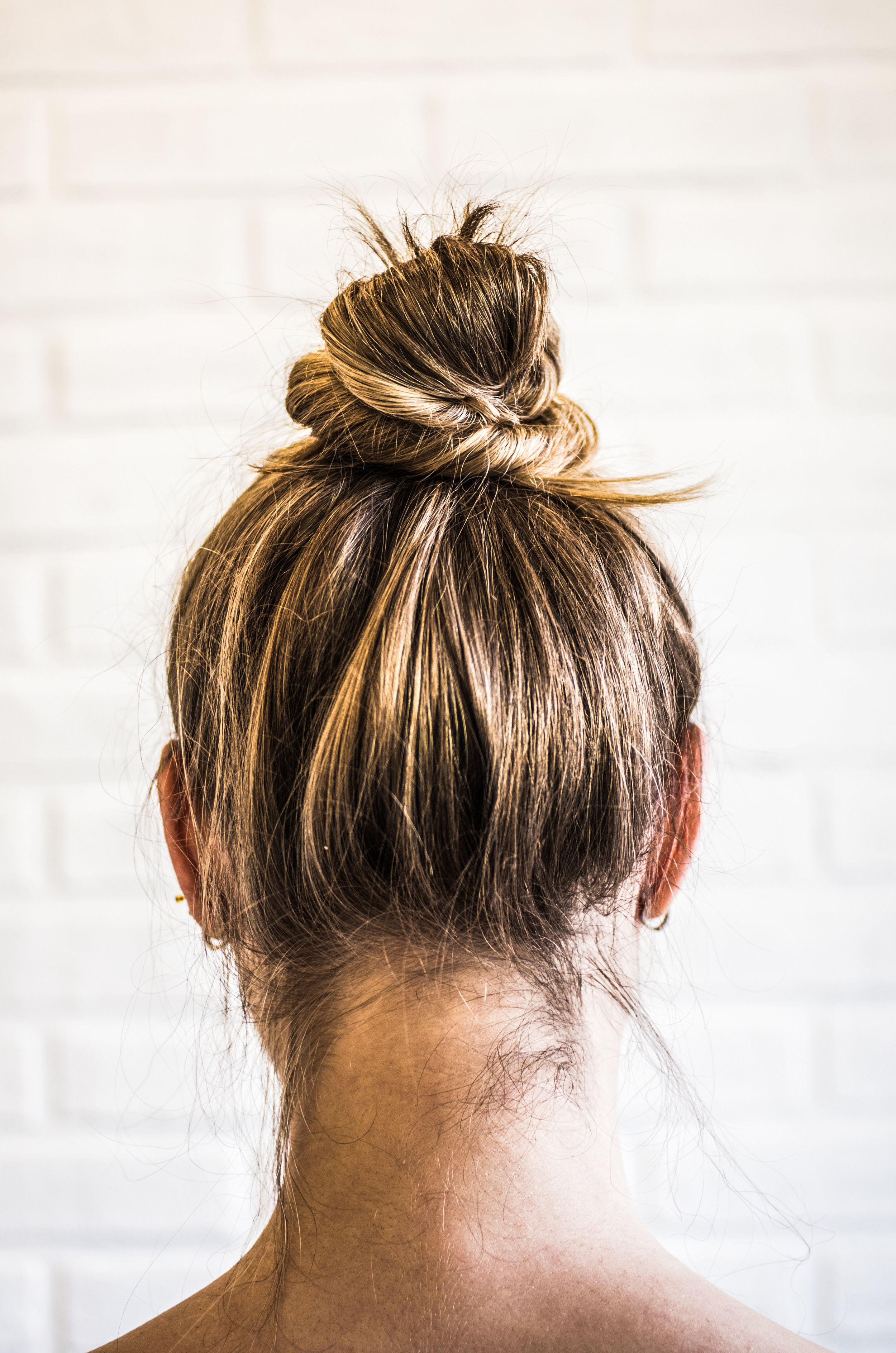 """Ponytail headaches - Yes! This is a real thing. Plus, if you are pulling your hair into a tight ponytail too often this can cause traction alopecia #thats🍌If you pull your hair in a tight ponytail when wet you can cause breakage too!""""But I like to wear my hair up!"""". We totally get it! Try a loose hair tie like THIS to safely wear your hair up and out of your face."""