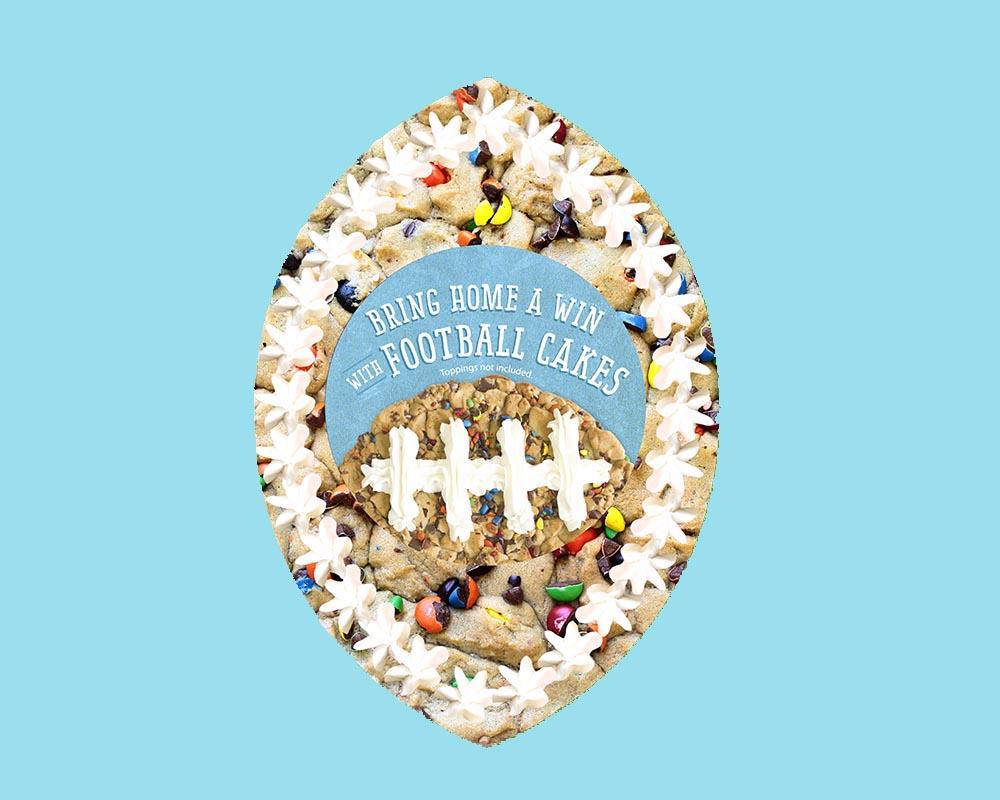football_cookiecake_center_blue.jpg