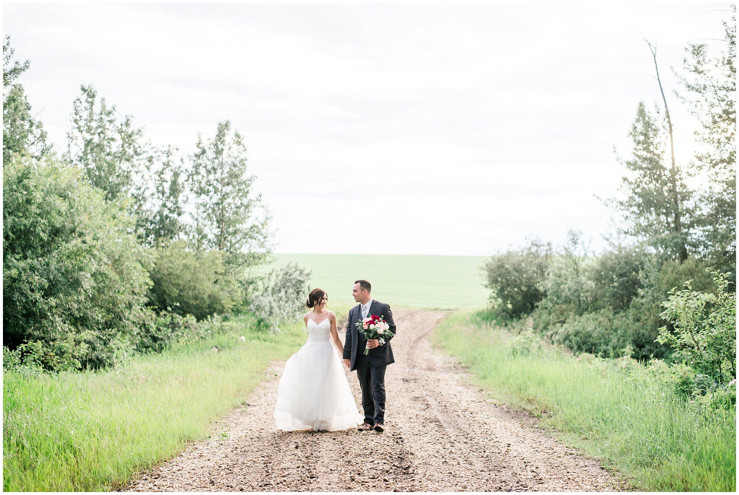 Alyssa-Poland-Photography_0607_alberta wedding.jpg