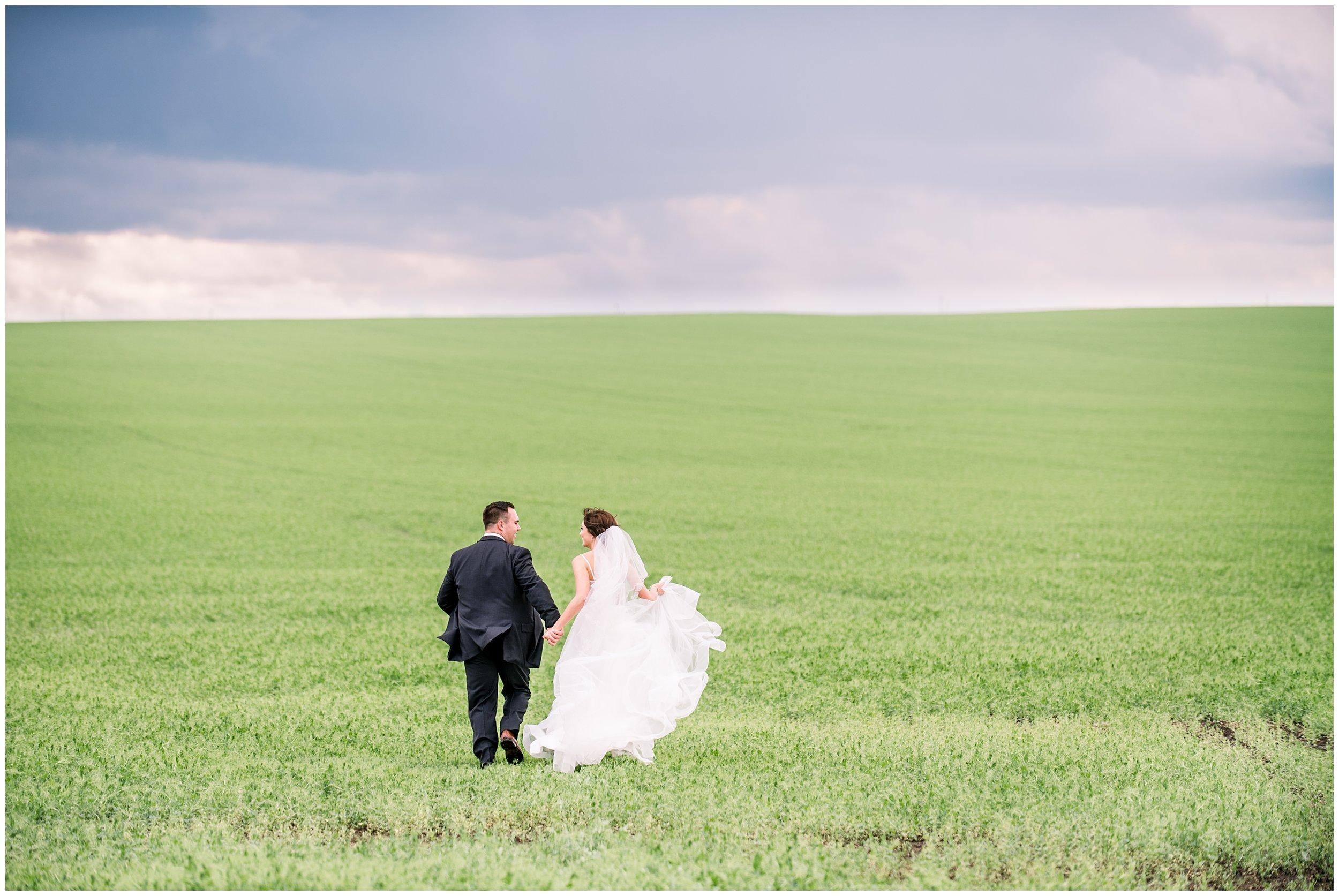 Alyssa-Poland-Photography_0630_alberta wedding.jpg