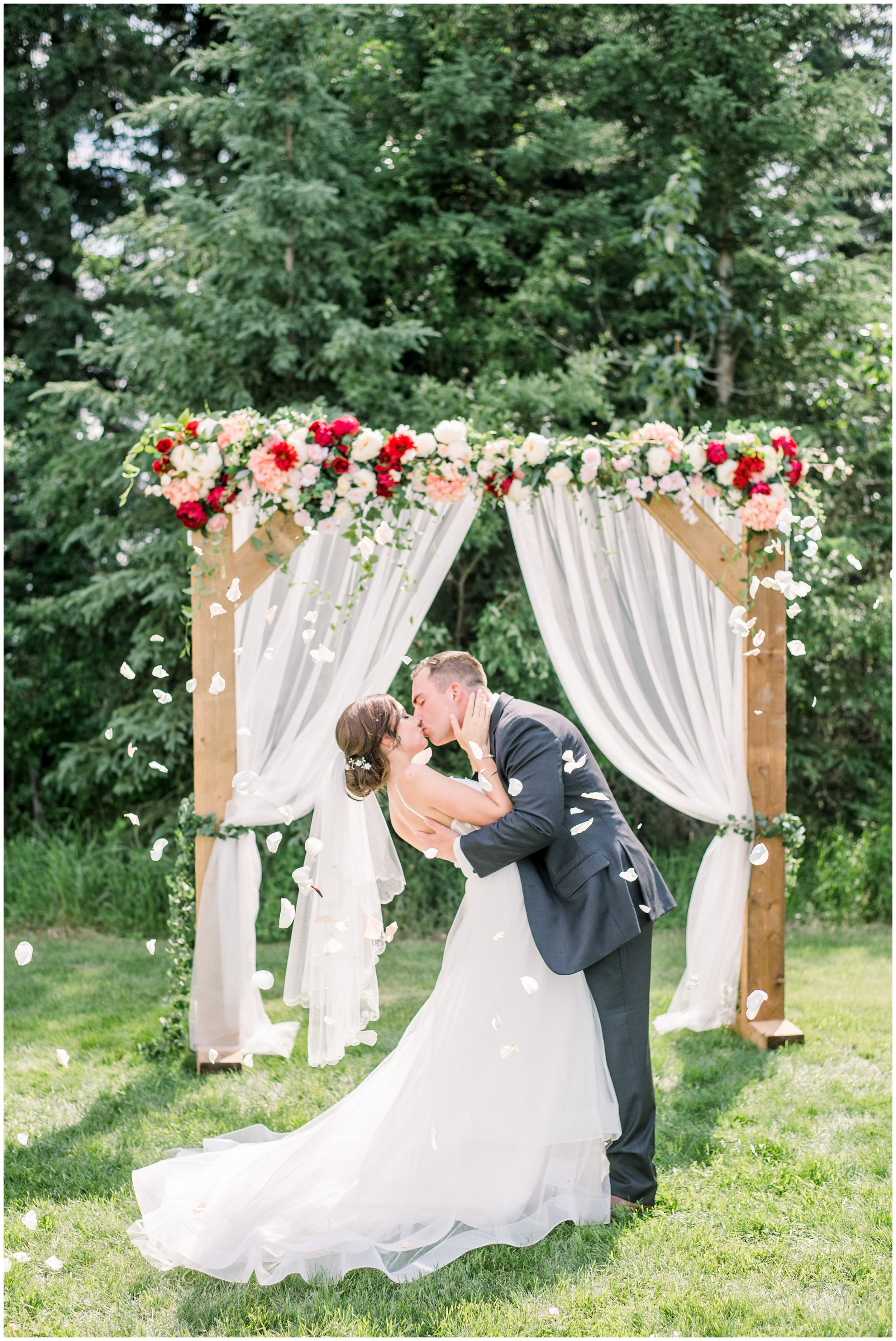 Alyssa-Poland-Photography_0632_alberta wedding.jpg