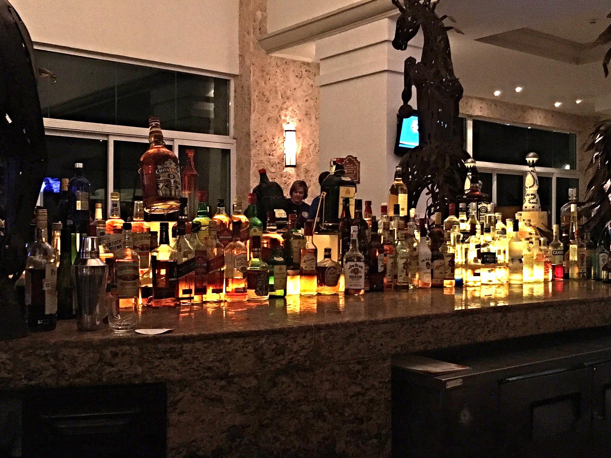 Hyatt Zilara Cancun Lounge Bar