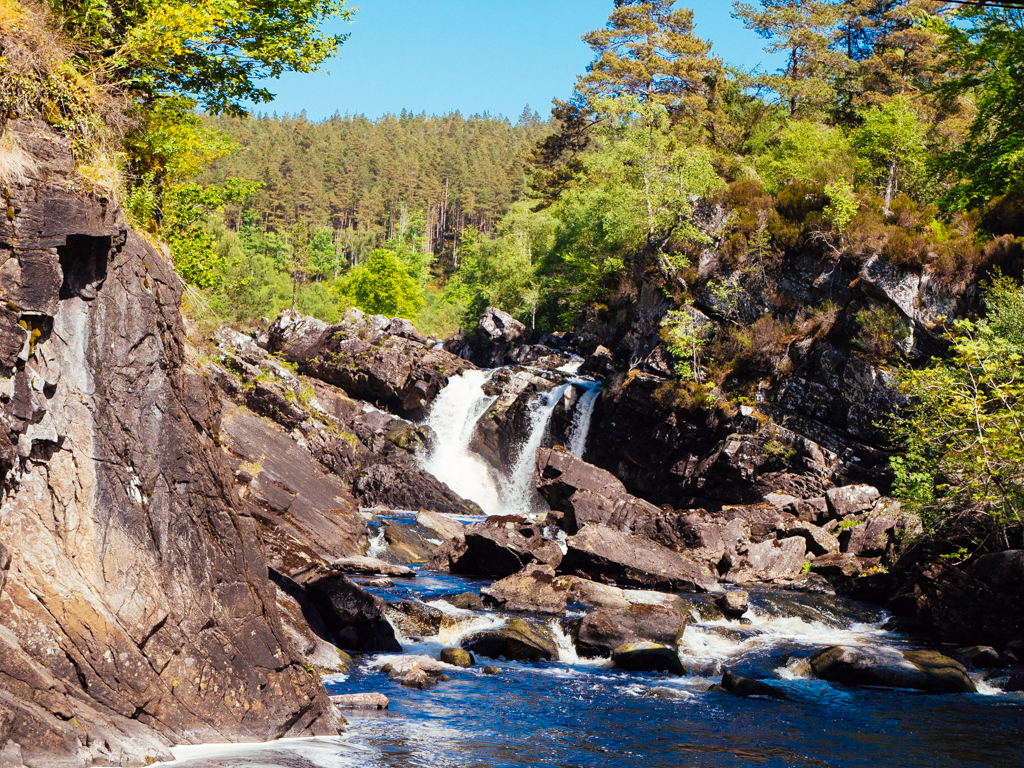 A stop at Rogie Falls is short but sweet before continuing our drive towards Lochcarron.