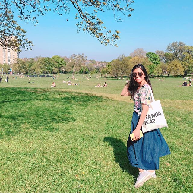 We've been having the most wonderful weather in London this past few days and gladly it's also the bank holiday weekend! I could get used to sunny days like this ☀️ . . . . . . #nowthatsahoneymoon #heyitsthewongs #travelphoto #relationshipgoals #dametraveler #traveltogether #travelmore #visualsoflife #bestvacations #placesaroundearth #forbesttravelguide #travelguide #doyoutravel #travelguide #instatravel #fantastic_earth #travel #couplestravel #wanderlust #travelgoals #coupleswhotravel #brixton #brockwellpark #spring #summer #london #picnic #london #bankholiday #weekend