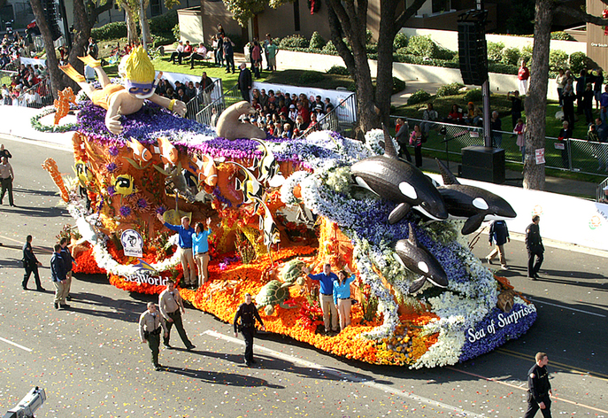 Finished Float on the parade route.Photo by Darryl Bender.