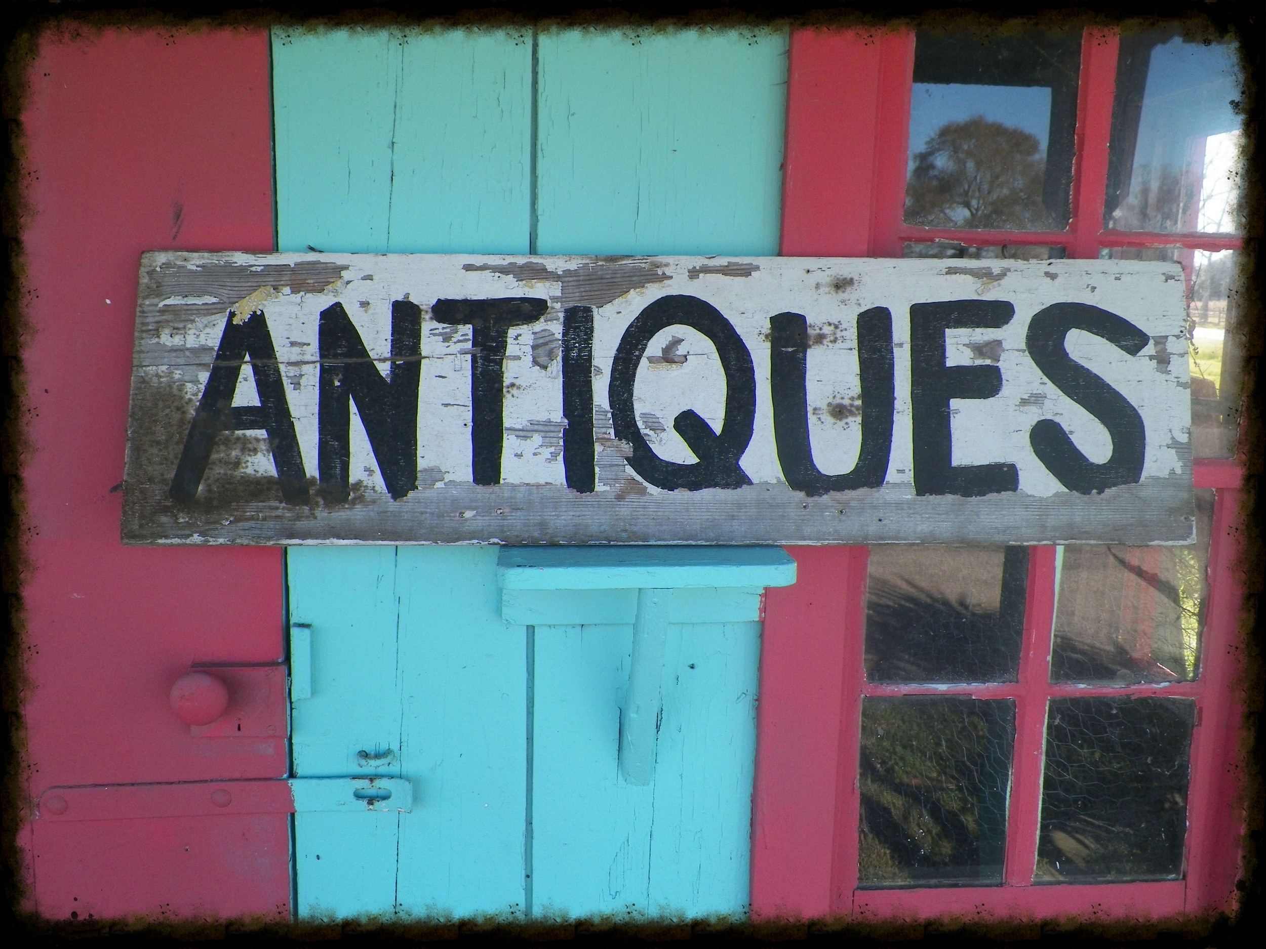 antiques sign.jpg