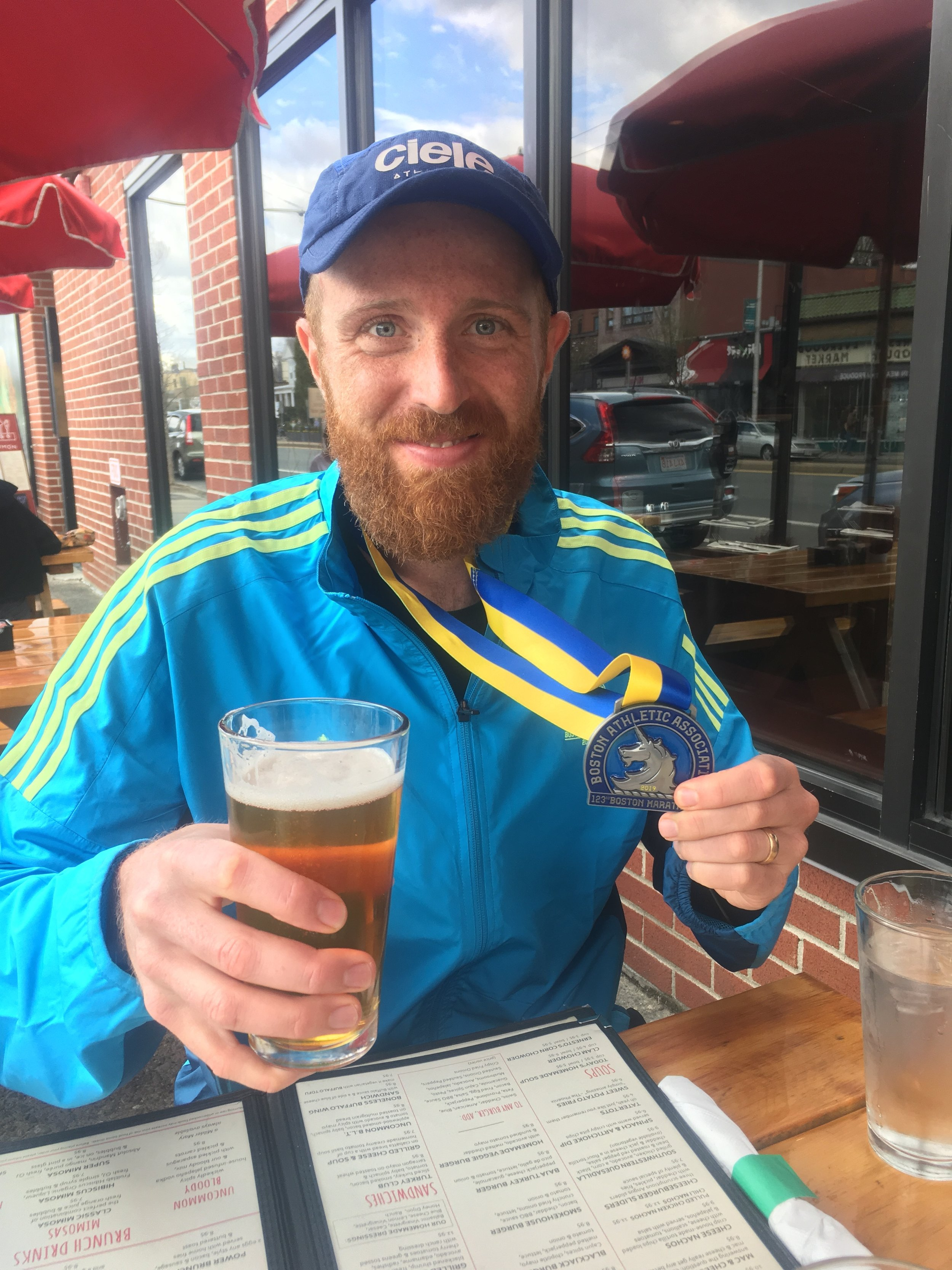 boston-postrace-beer.JPG