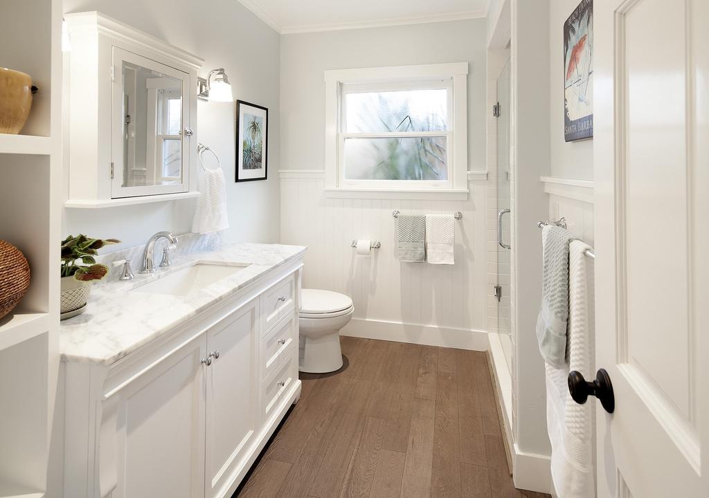 vernon-bathroom.jpg