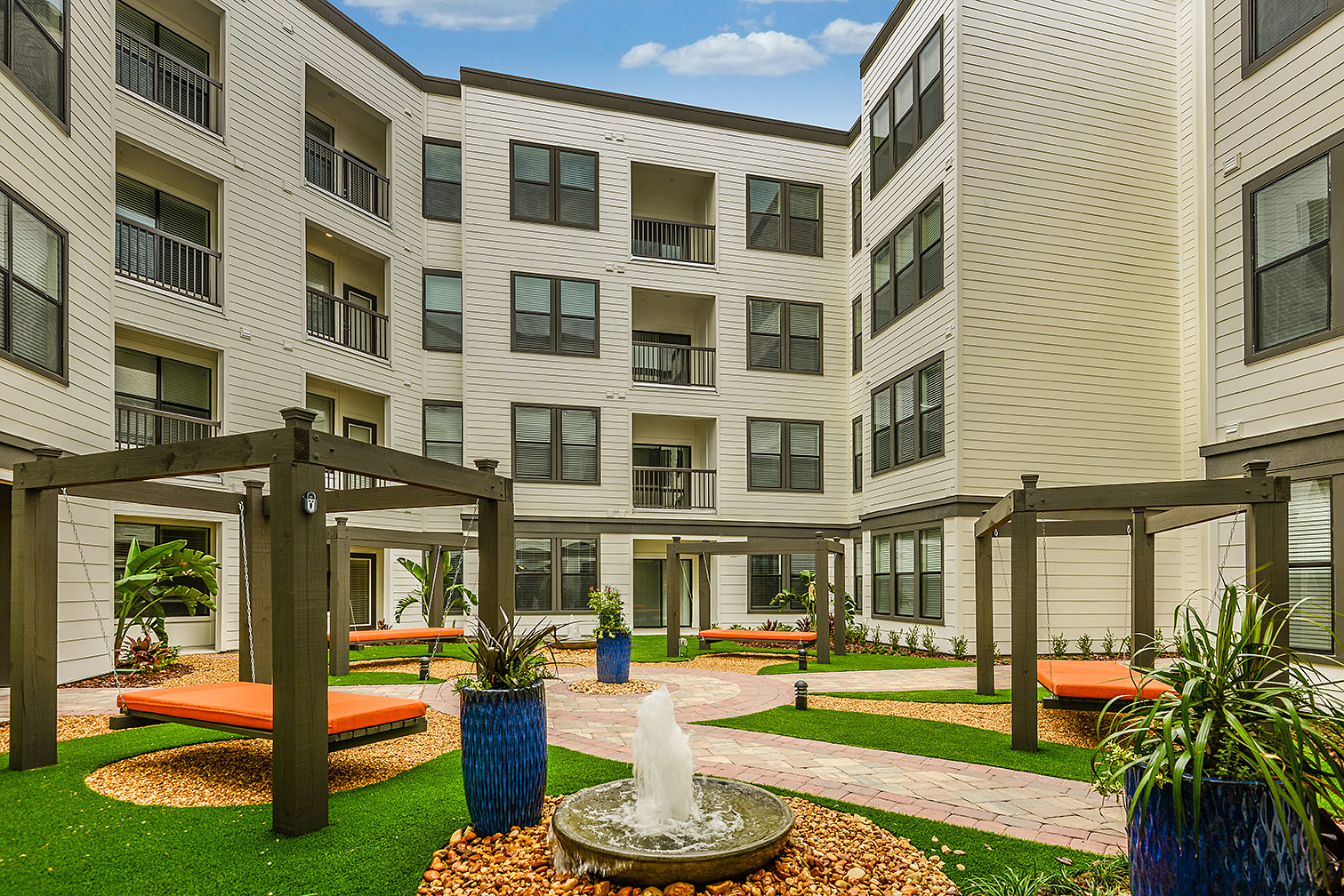 Greystar--EOS-Apartments-8614.jpg