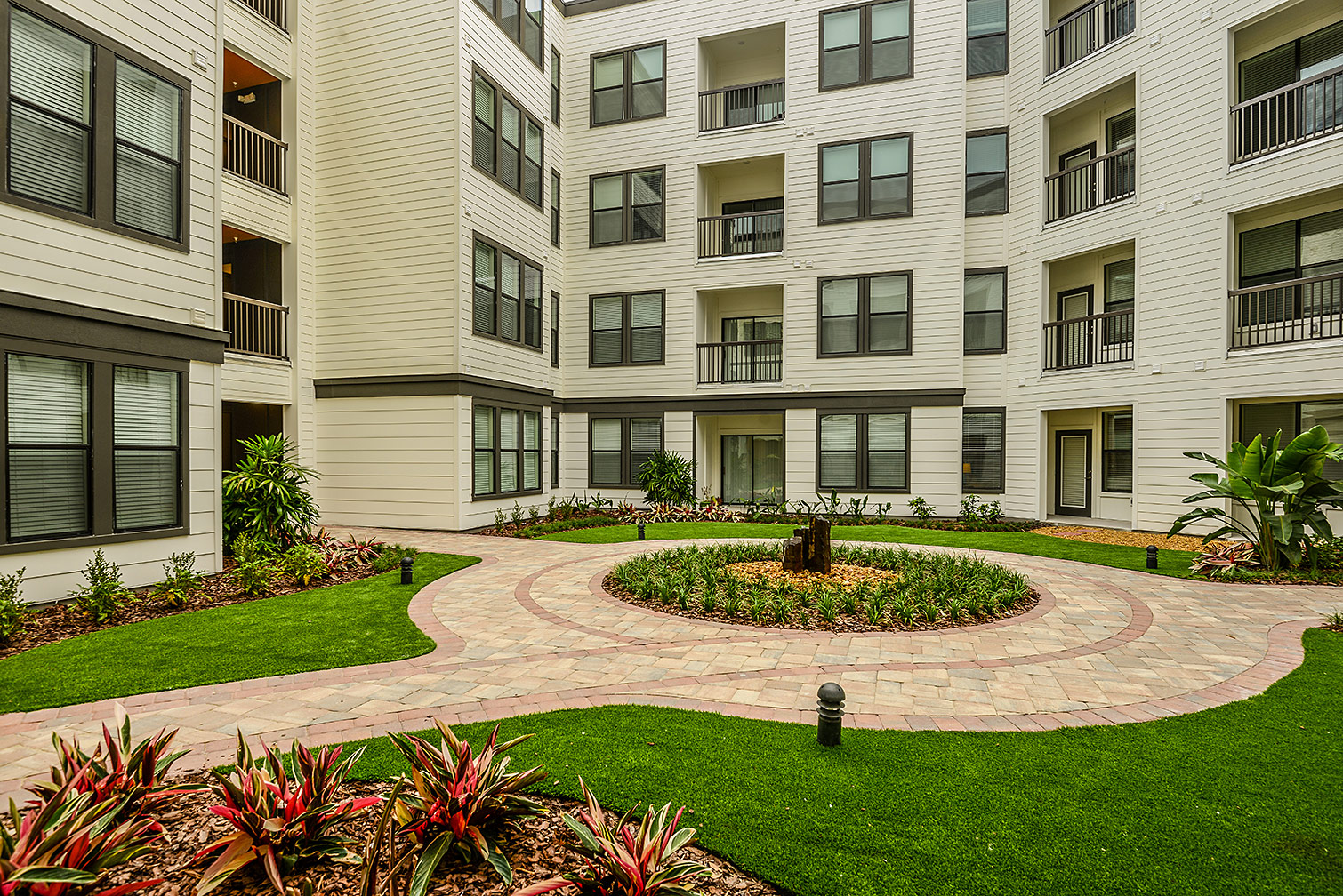 Greystar--EOS-Apartments-8617.jpg