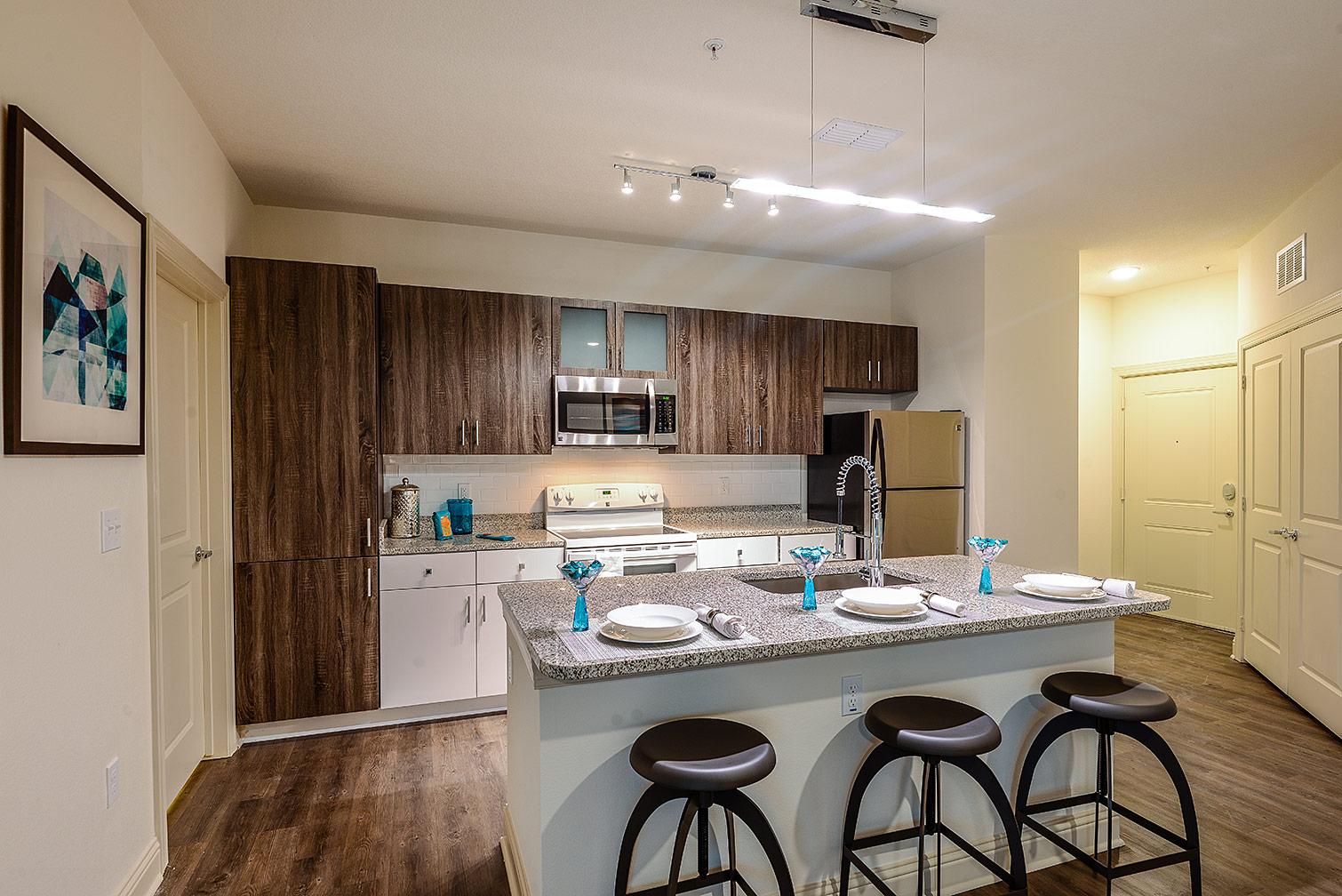 Greystar--EOS-Apartments-8664.jpg