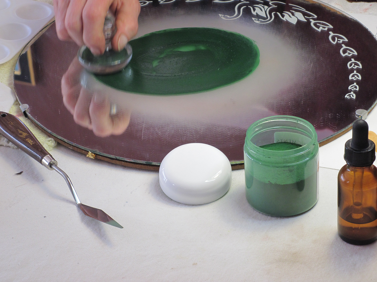 10. Grinding Pigment