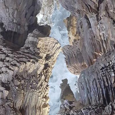 Paradise Cave Phong Nha.jpg
