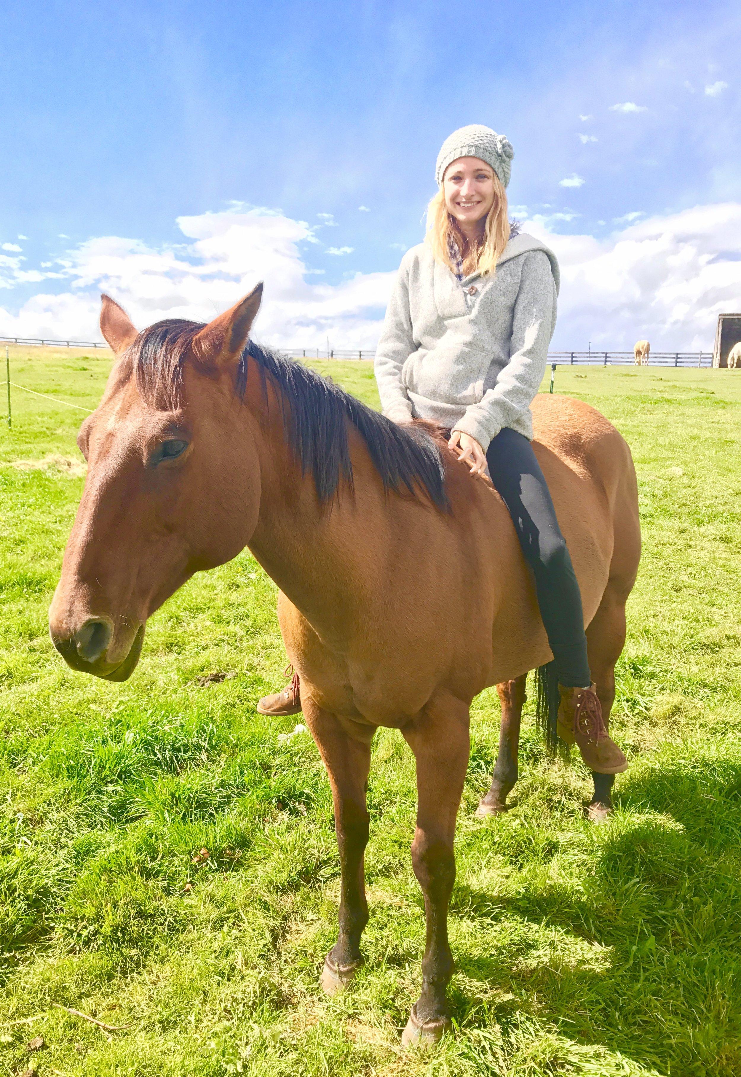 Natural Horsemanship and riding bareback at Cedar Ridge Ranch with Merrill Johnson