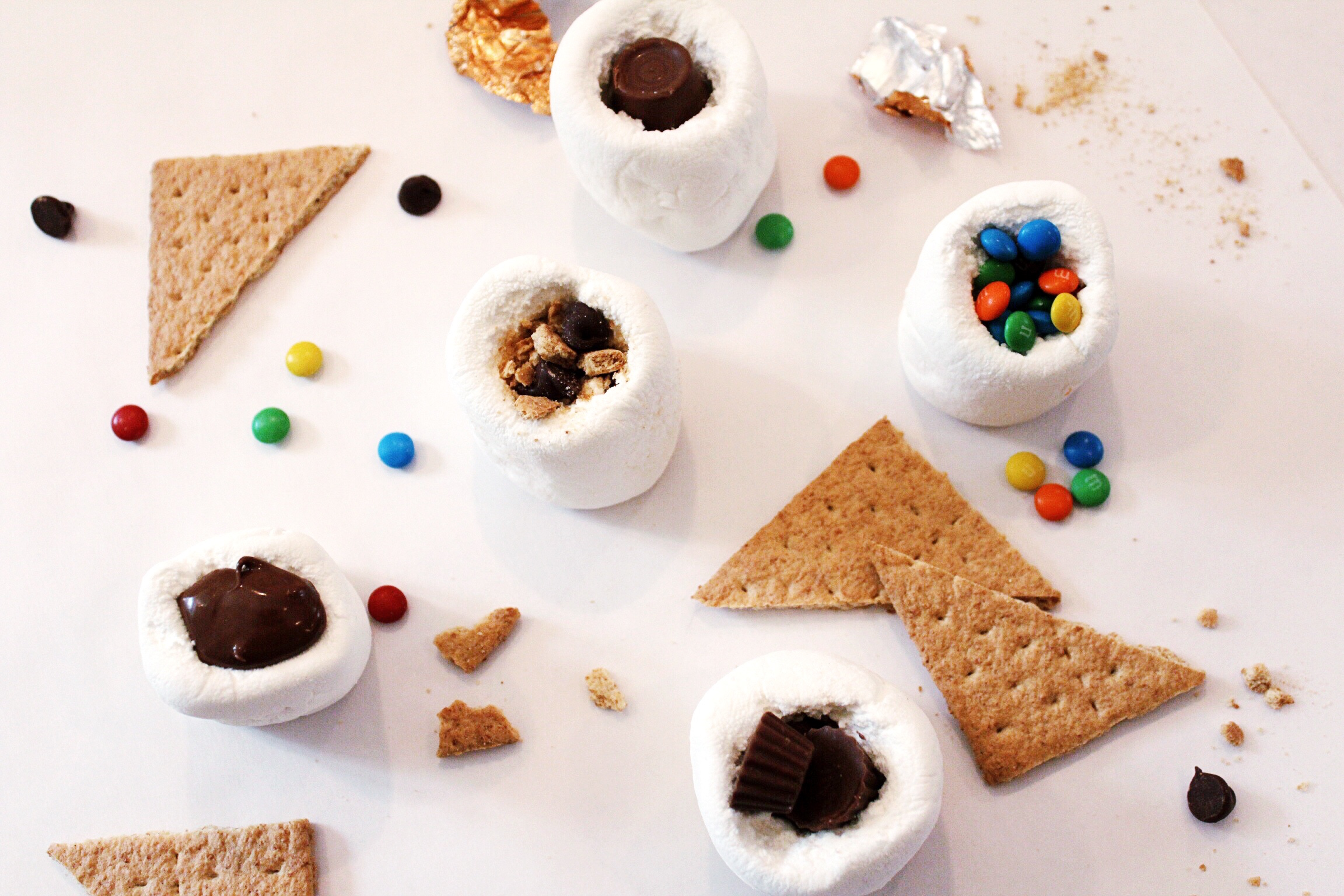 DesignOrganizeParty_StuffedMarshmallows_Smores_Candy.JPG