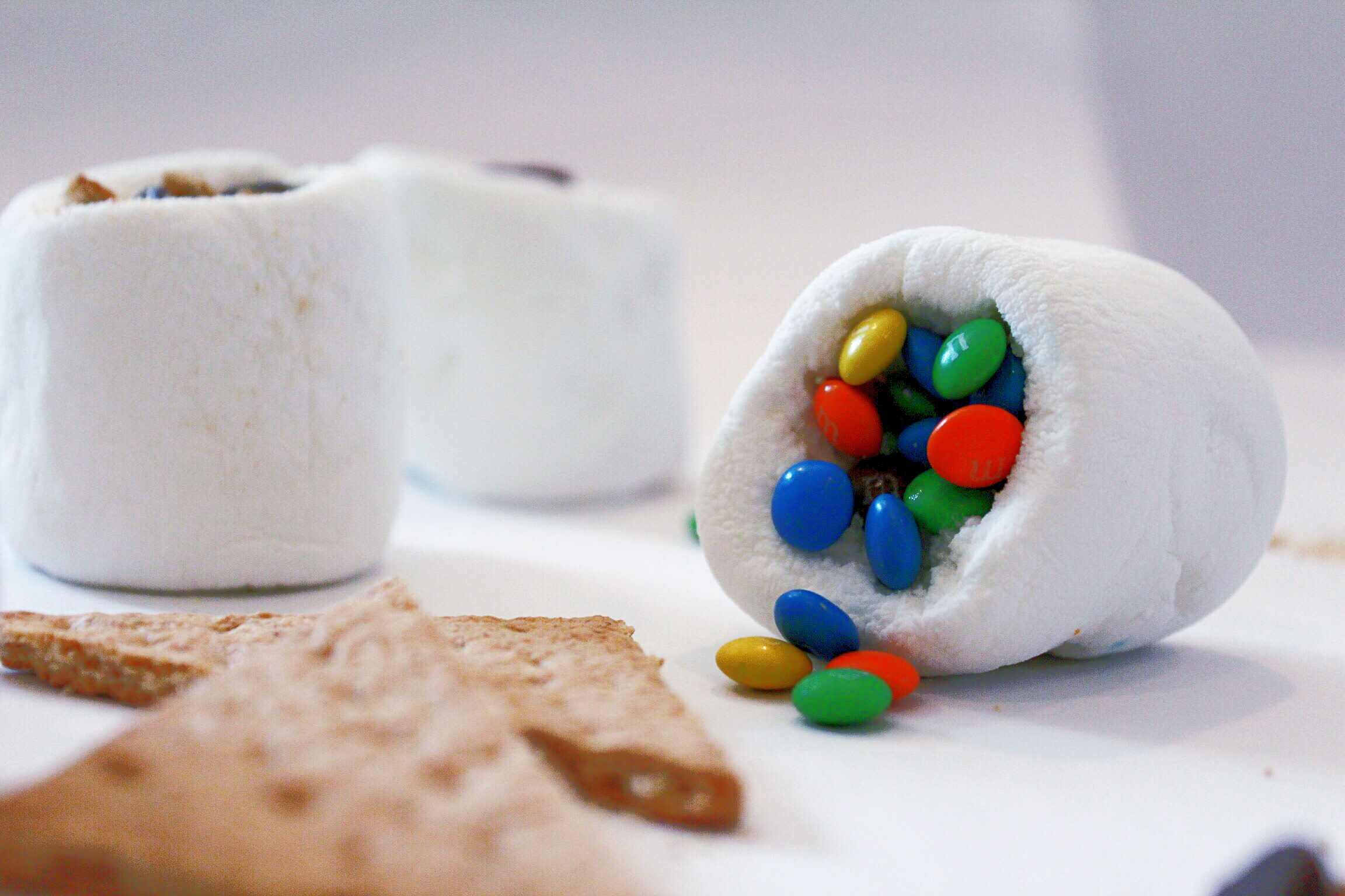 DesignOrganizeParty_StuffedMarshmallows_Smores_Candy_MMs.jpg