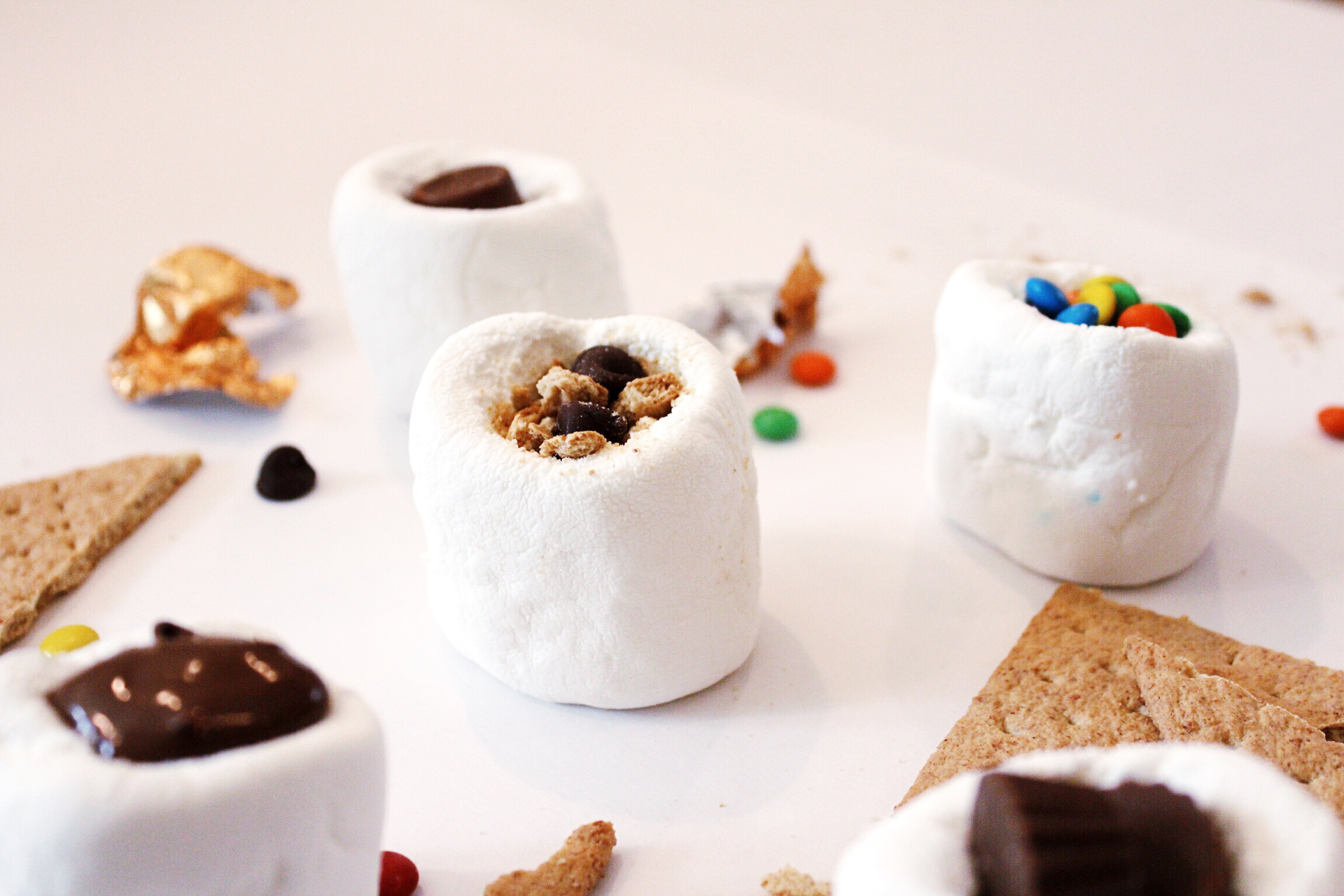 DesignOrganizeParty_StuffedMarshmallows_Candy_Smores.JPG