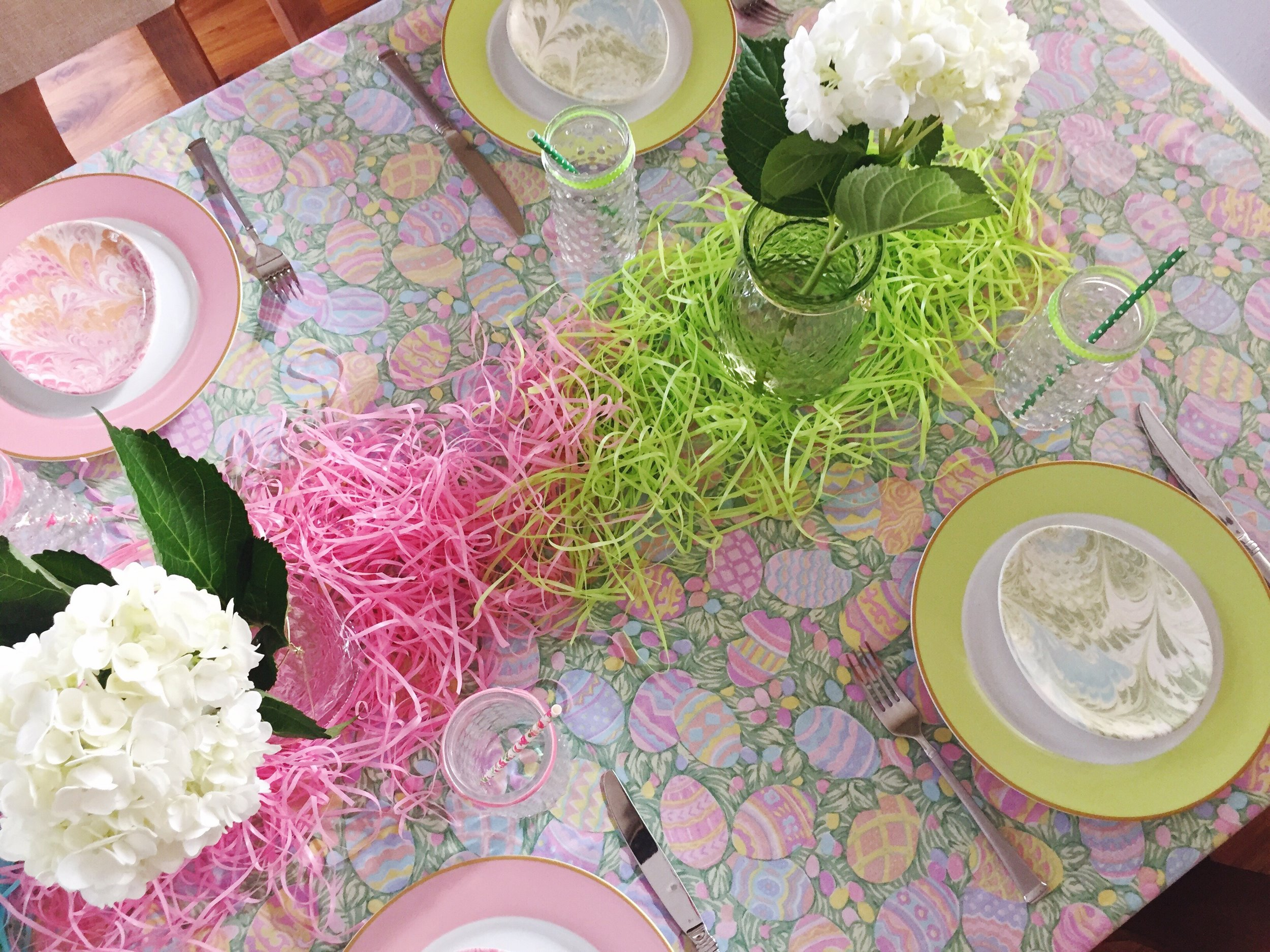 Design Organize Party_Colorblock Easter Tablescape_Spring Party.JPG