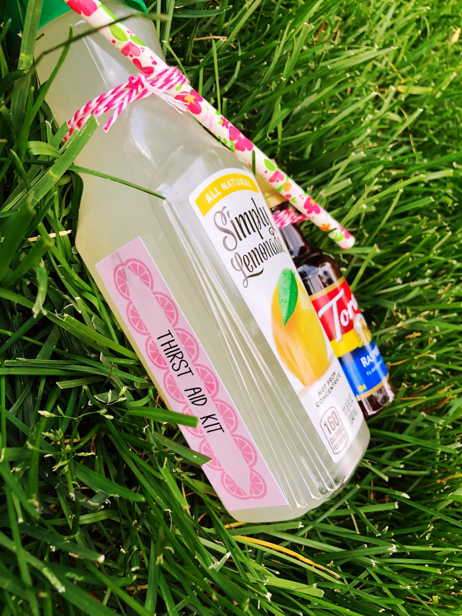 Thirst Aid Kit_Summer Drinks_Lemonade Party Favor_Design Organize Party.JPG